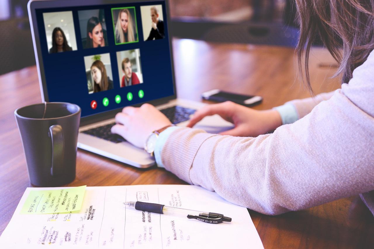 Online Advisory Board